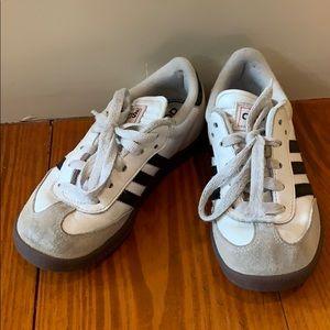Adidas kids classic samba size 13.5
